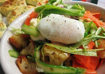 bistro maison Salad