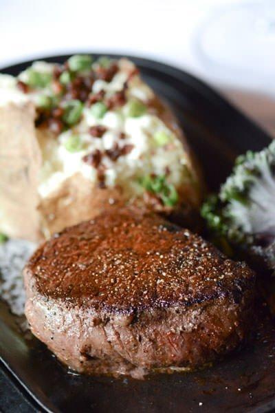 Ringside Steakhouse Portland Fillet