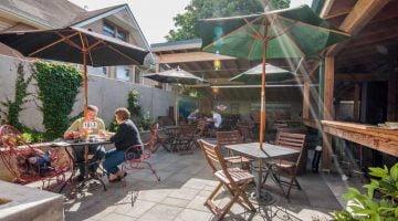 Alberta Street Pub Portland outdoors