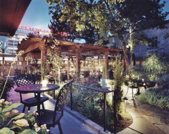Meriwether's Restaurant Portland outdoor dining