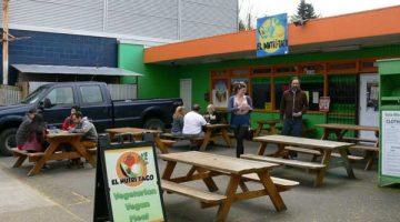 The Nutri Taco Restaurant Portland outdoor dining