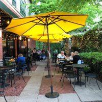Tucci Ristorante Lake Oswego outdoor dining