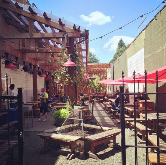 Mississippi Studios Bar Bar Portland Food And Drink