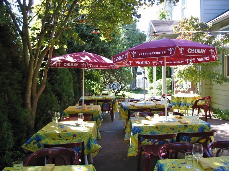 Bistro Maison French restaurant