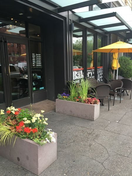 Cheryl's on 12th outdoor dining