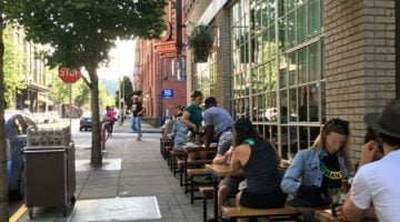 Deschutes Portland outdoor dining