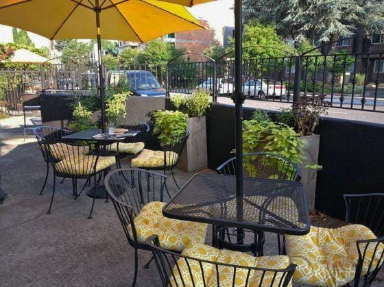 Fleur De Lis Bakery & Cafe Portland outdoor dining