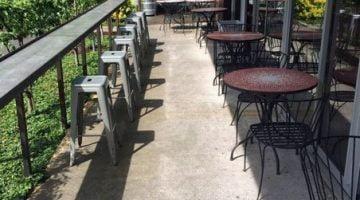 Laurelhurst Market Portland outdoor dining