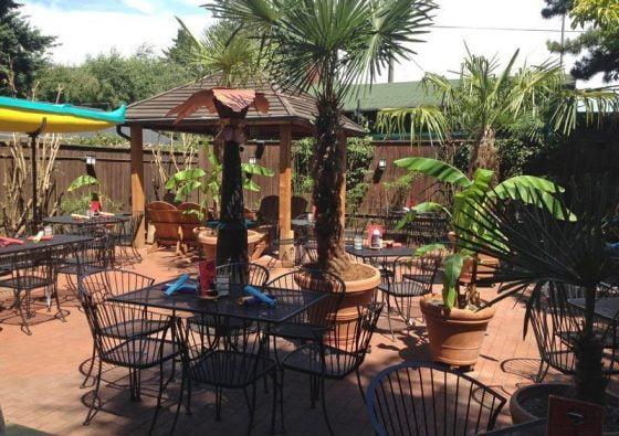 Nohos Hawaiian Cafe Fremont Portland outdoor dining