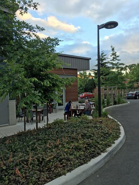 Oak and Olive Portland outdoor dining