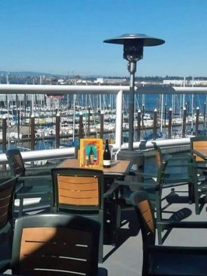 Salty's on the Columbia Portland outdoor dining