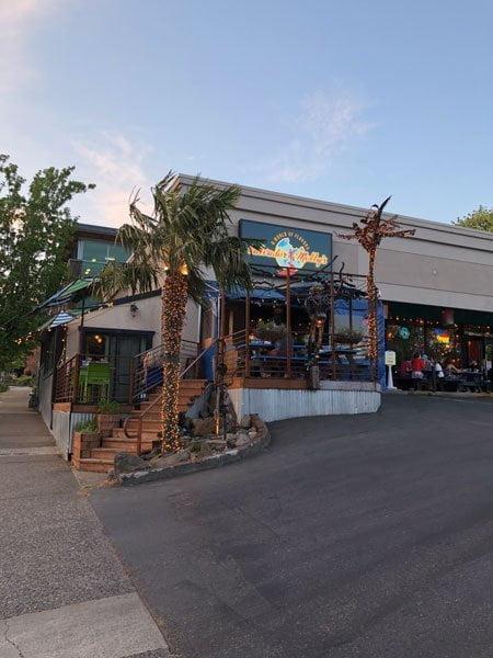 Salvador Molly's portland outdoor dining