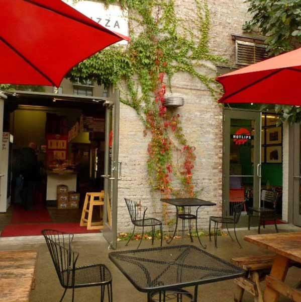 Hotlips Pizza Pearl Portland outdoor dining