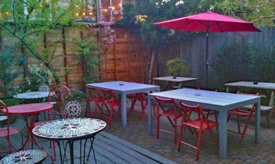 County Cork Public House Portland outdoor dining