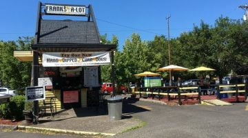 Franks-A-Lot Portland outdoor dining