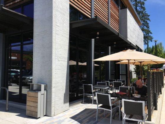 Hero Sushi & Sake Lake Oswego outdoor dining
