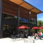 Mod Pizza Lake Oswego outdoor dining