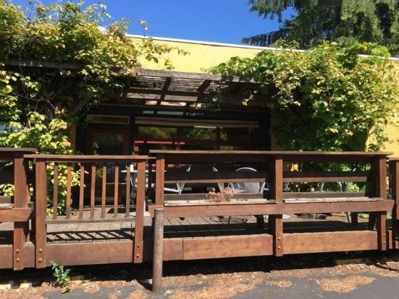 Grand Central Bakery Portland SE Hawthorne outdoor dining