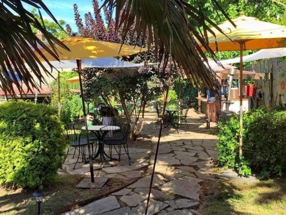 La Calaca Comelona outdoor dining