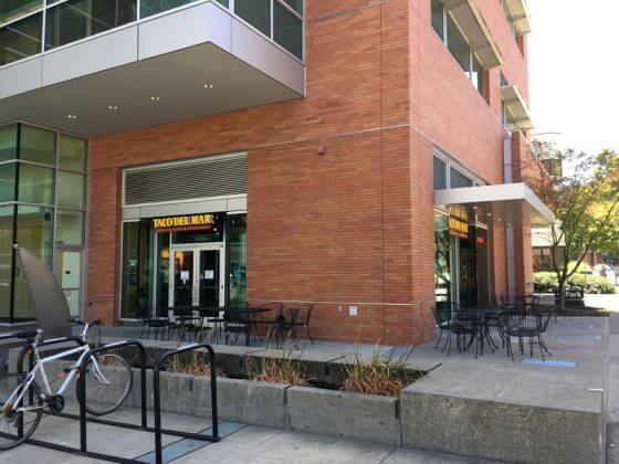 Taco Del Mar Portland PSU area outdoor dining