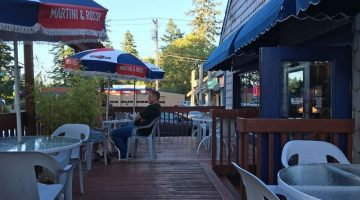 Malee Thai Restaurant Lake Oswego outdoor dining