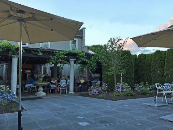 Papa Haydn Restaurant Milwaukie Portland outdoor dining